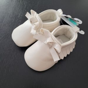 Carters baby moccasins - BNWT